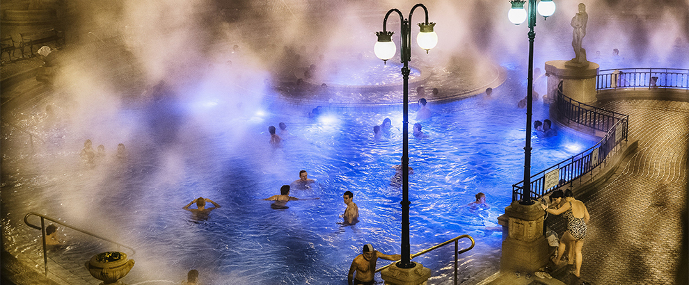Bathing in Budapest - 2014-10-31_294355_places.jpg